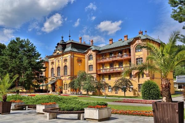 hotel-astoria